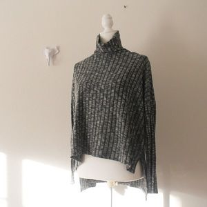 American Eagle Outfitters Grey Turtle Neck Sweater